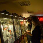Izložba kolaža u bistrou Cveće zla u Beogradu